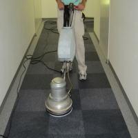 プロの掃除屋さん 床の掃除